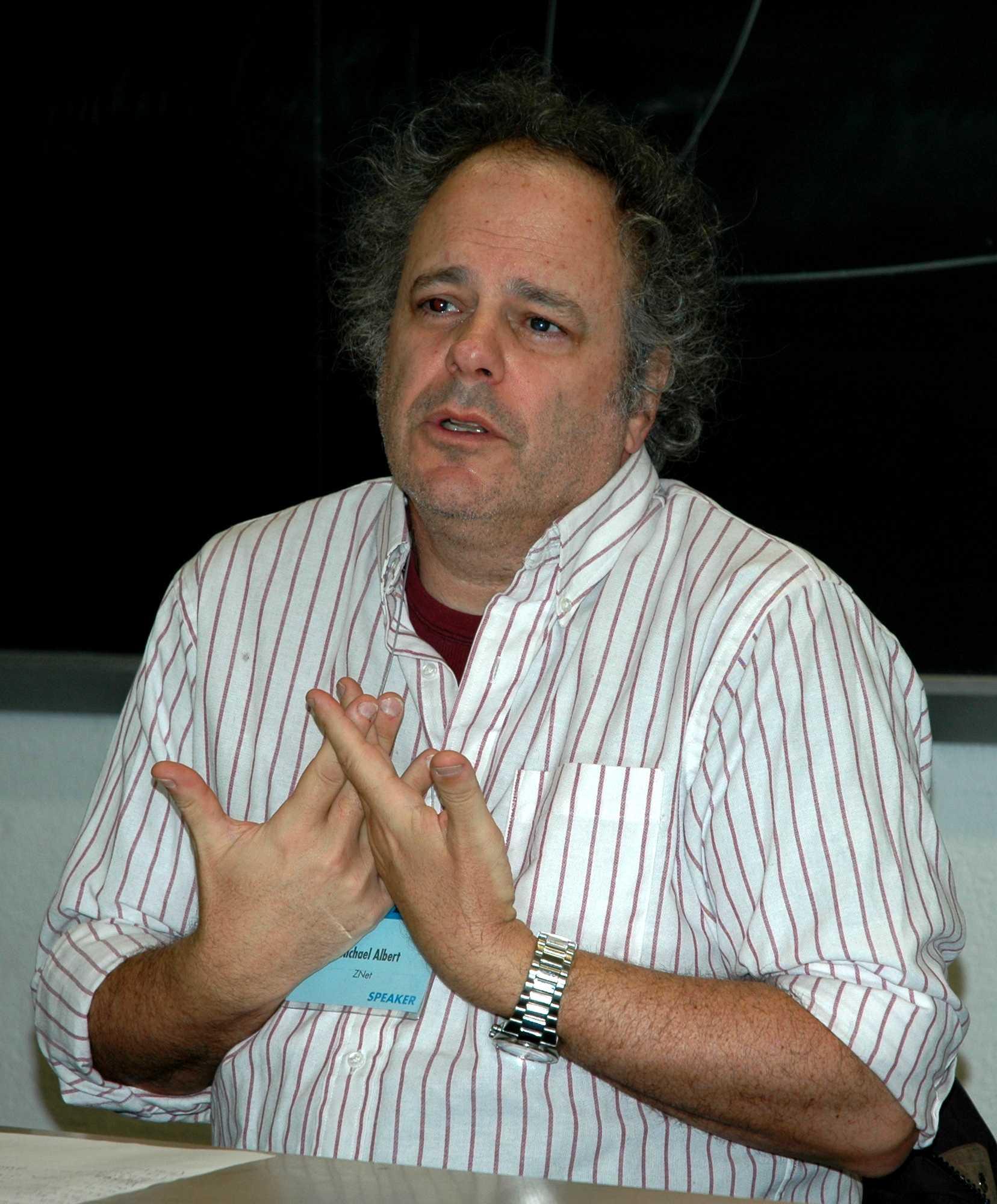 Michael Albert al New York's Annual Left Forum (11 de març de 2007) [Foto de Thomas Good]