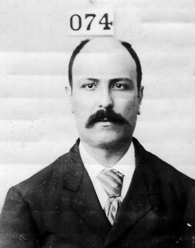 Foto policíaca de Baldomer Oller i Tarafa (1896?)