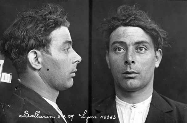 Foto policial de Luigi Ballarin cuando fue detenido en Lyon (1927)