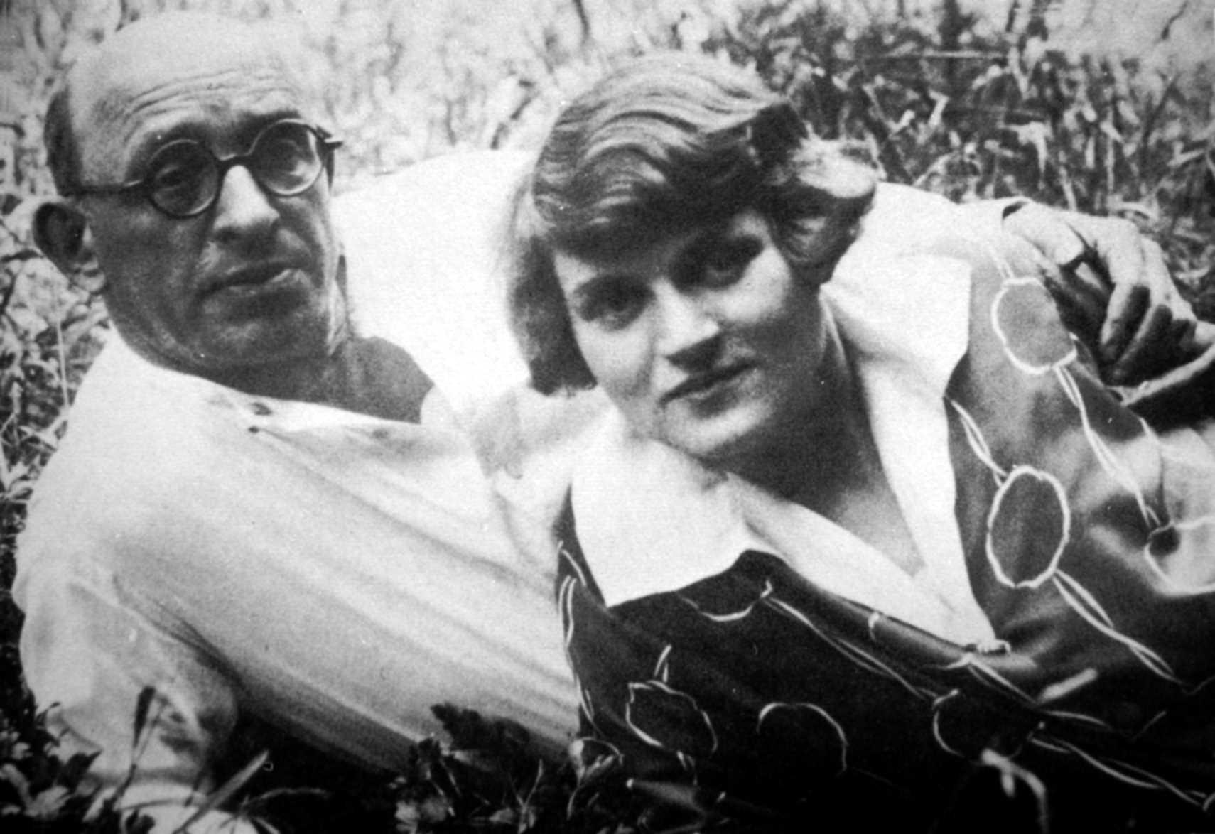 Emmy Eckstein i Alexander Berkman fotografiats per Senya Fléchine (ca. 1929)