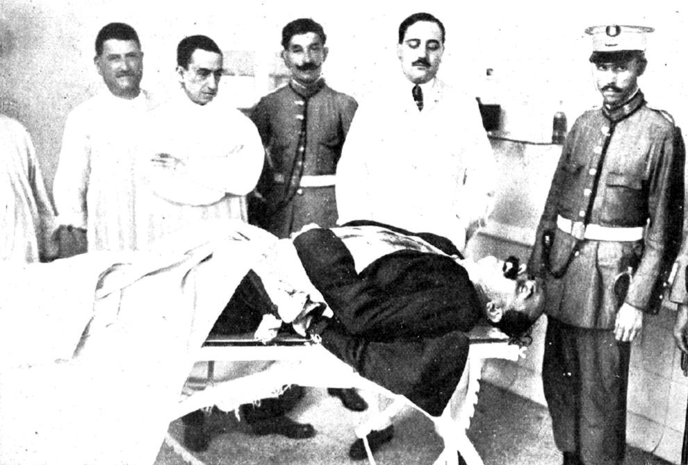 El cadàver de Bravo Portillo a la Casa dels Socors del passeig de Gràcia