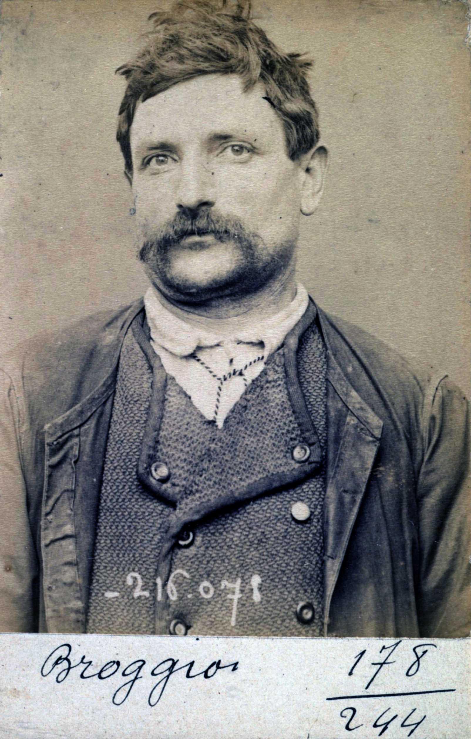 Foto policíaca de Roche Broggio (22 de març de 1894)