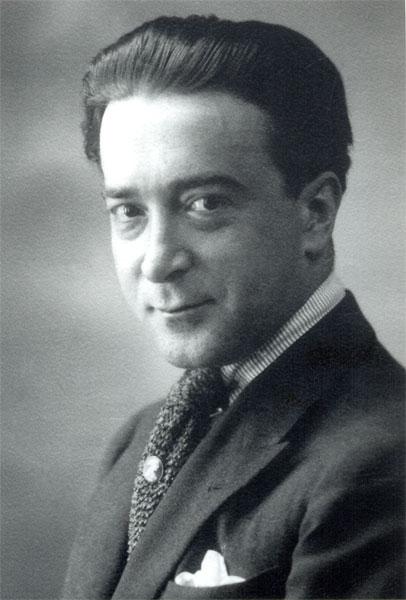 Julio Camba fotografiat per Alfonso (ca. 1920)