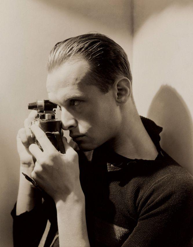 Henri Cartier-Bresson fotografiat per George Hoyningen-Huene (Nova York, 1935)