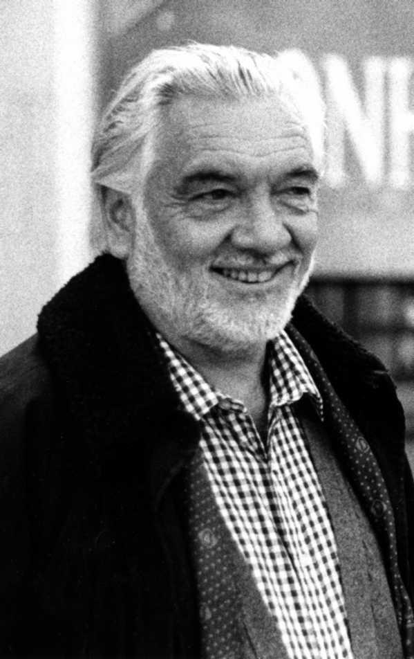 """Eduardo Colombo en la trobada """"Outros 500. Pensamiento libertario internacional"""" (agost de 1982) [CIRA-Lausana]"""