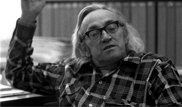 Alex Comfort (gener 1975)