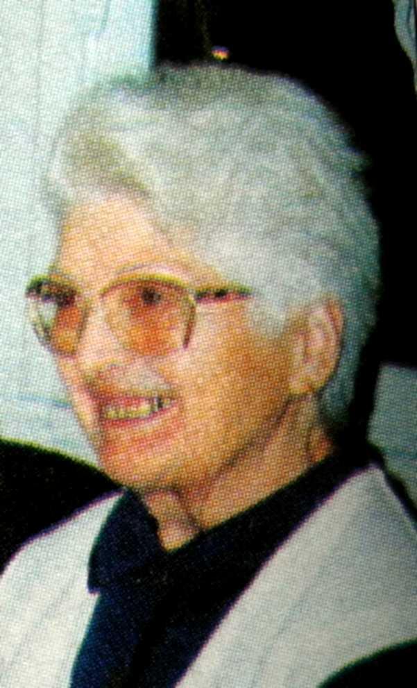 Conchita Guillén (montadas, 5 de diciembre de 1996)