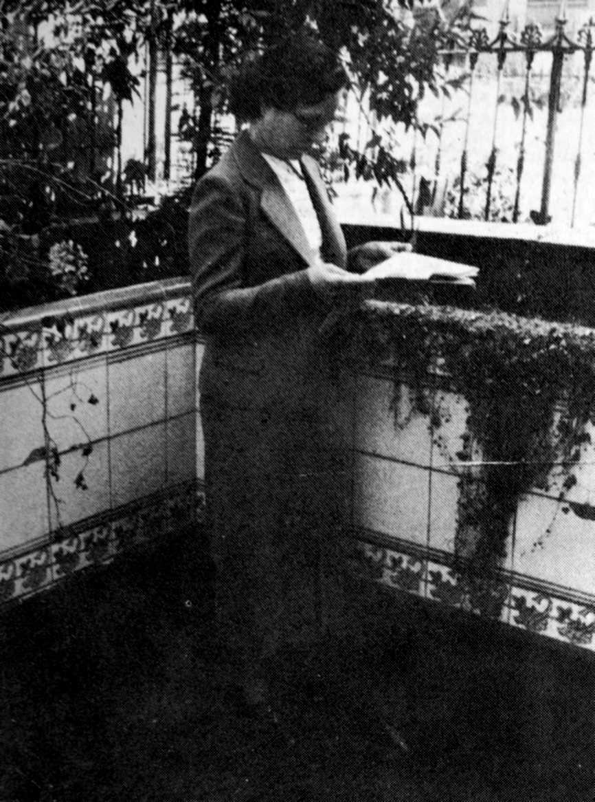 Áurea Cuadrado (Barcelona, 1938)