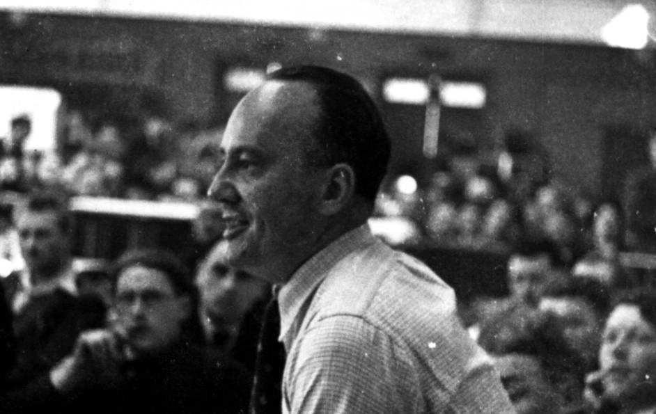 Daniel Guérin en un mitin del Frente Popular