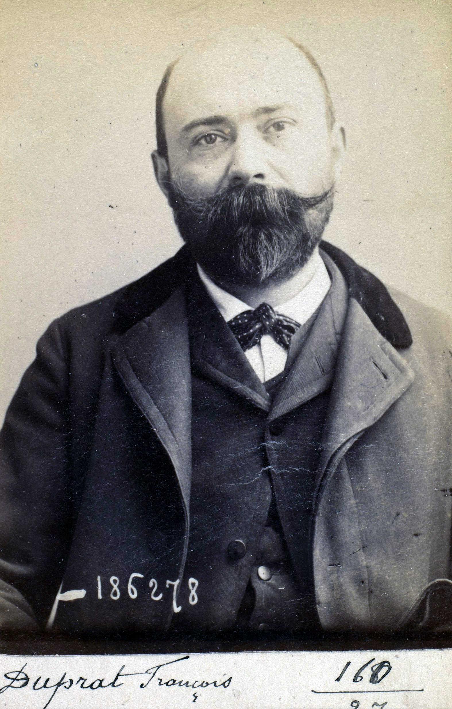 Foto policíaca de François-Louis Duprat (27 d'abril de 1892)