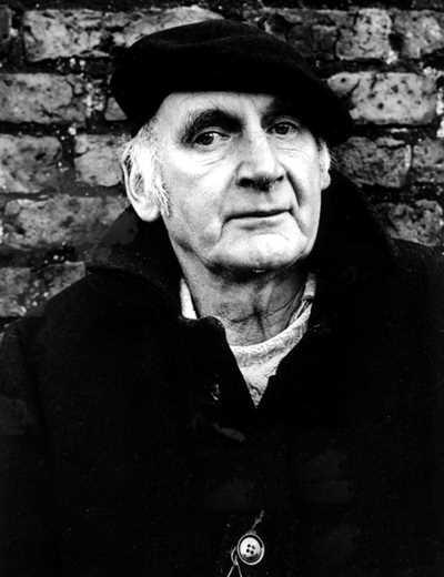 Antony Earnshaw