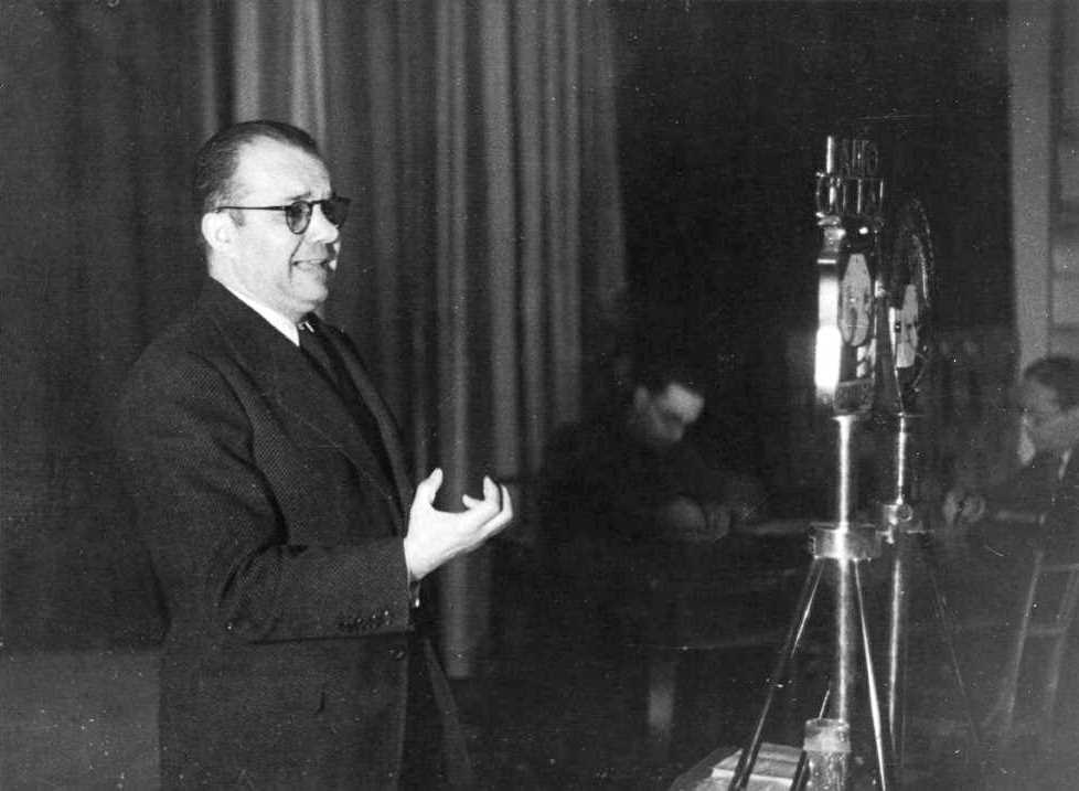 Joan P. Fàbregas en un moment de la seva intervenció [Foto de Pérez de Rozas]