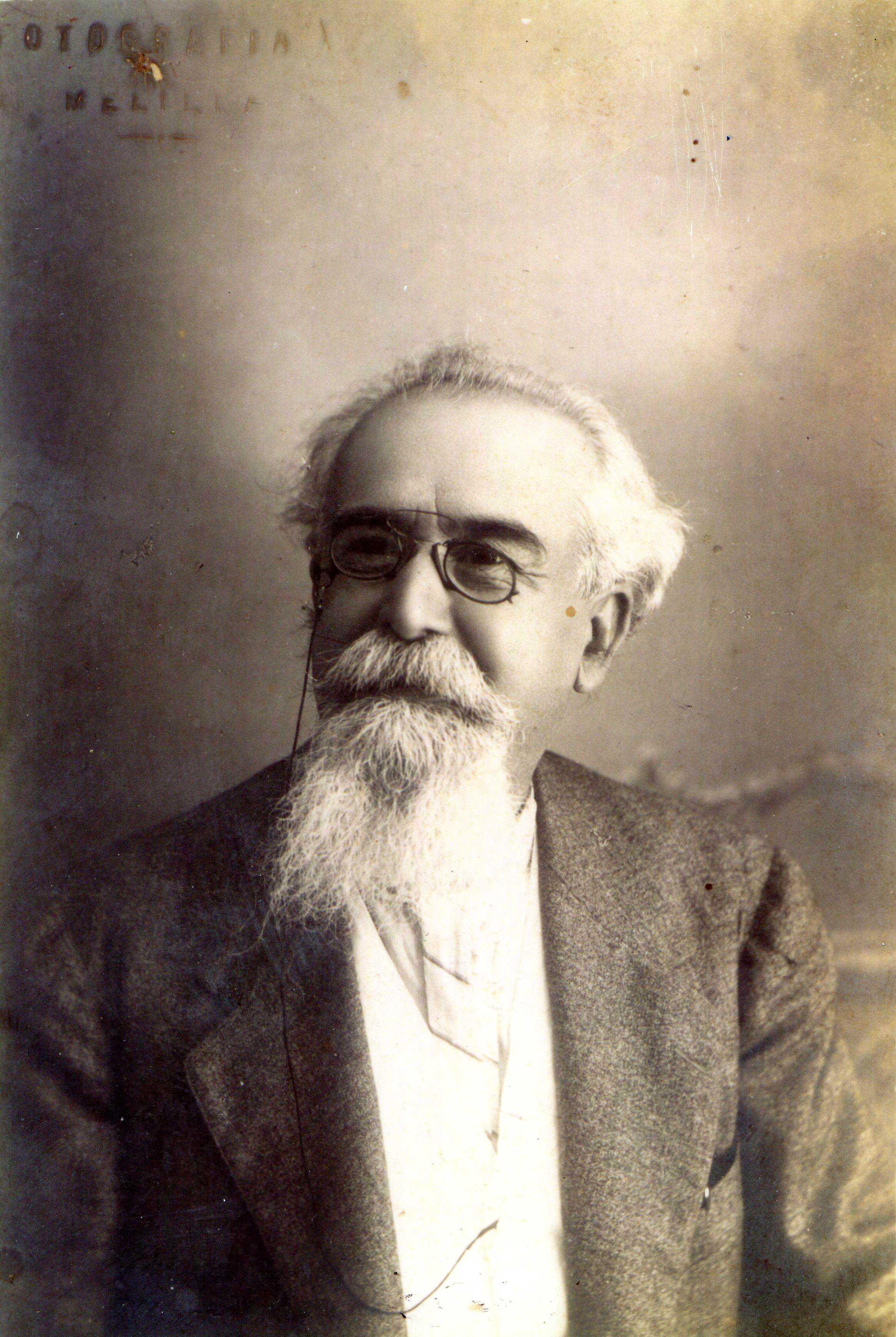 José García Viñas fotografiat a Melilla