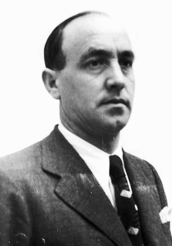 Avelino González Entrialgo (1938)