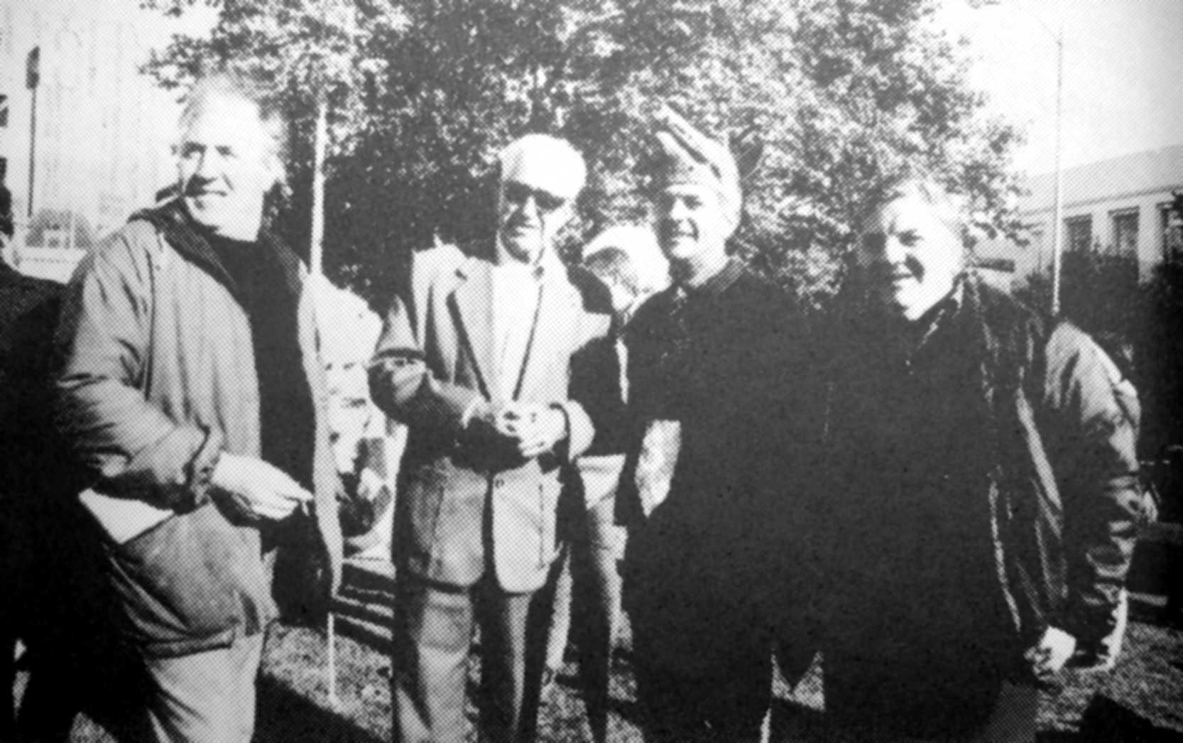 D'esquerra a dreta: Antonio Jiménez Cubillo, Vicente Ruíz Gutiérrez, Jorge i Marinano Susiac, en les celebracions de l'Australian Anarchist Centenary (Melbourne, maig de 1986)