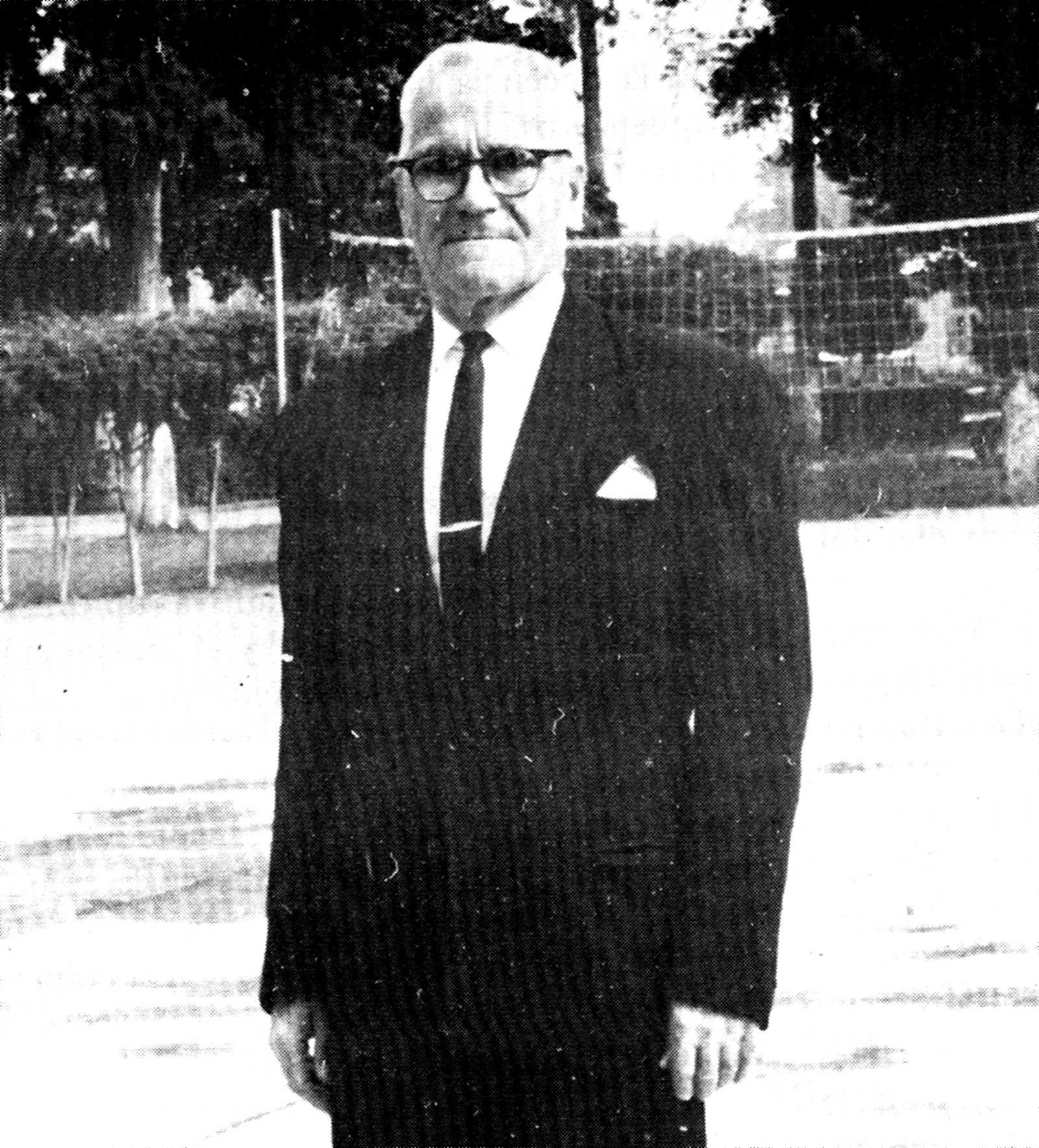 José Alberola poc abans de ser assassinat