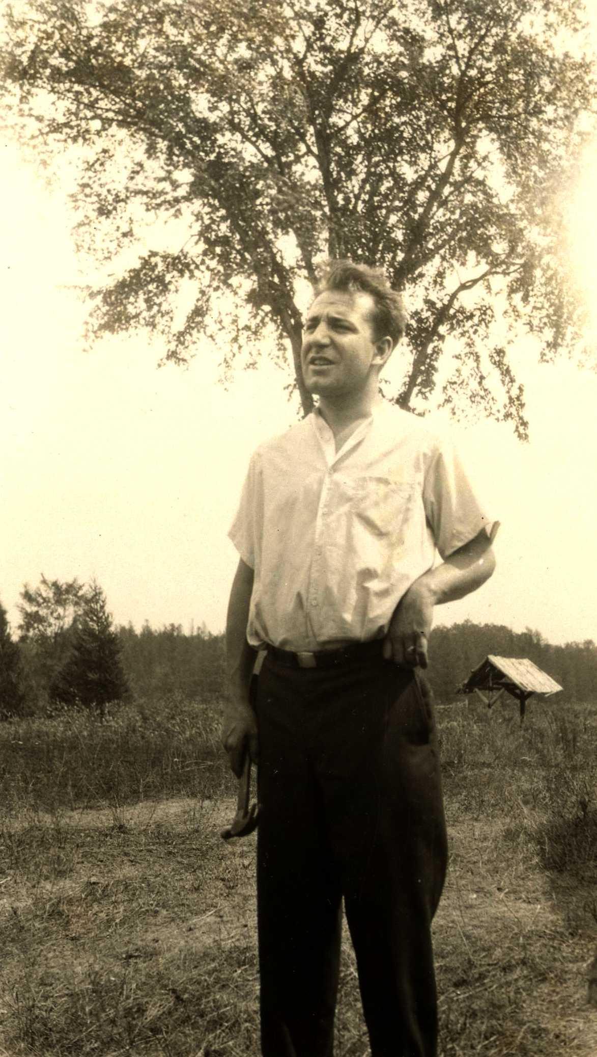 Laurance Labadie a Bubbling Waters, fotografiat per Charles Mentz (31 d'agost de 1930)