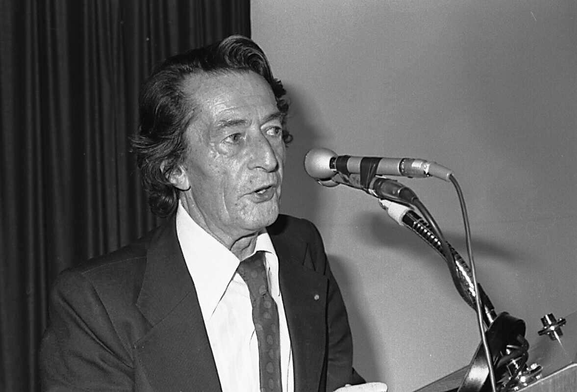 Henri Laborit en una reunión de la Asociación Médica de Lengua Francesa de Canadá
