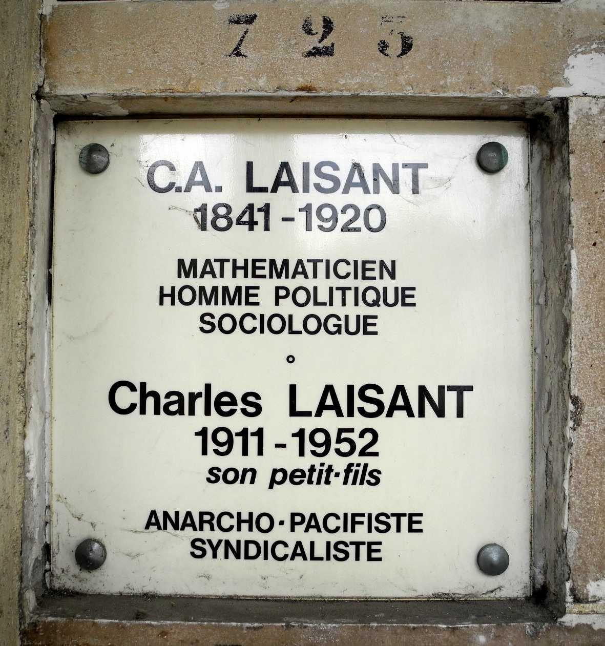 Tomba de Charles Laisant al columbari del cementiri parisenc de Père Lachaise