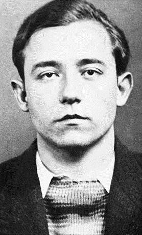 Foto policíaca de Robert Léger (ca. 1937)