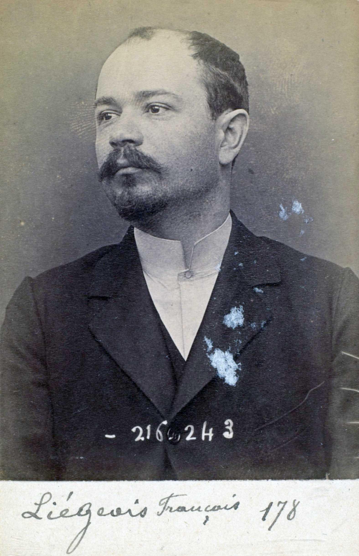 Foto policíaca de François Liégeois (16 de març de 1894)