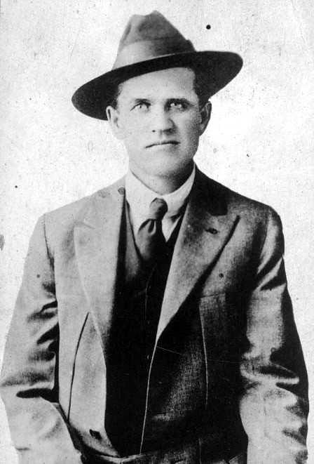 Frank H. Little (1910)