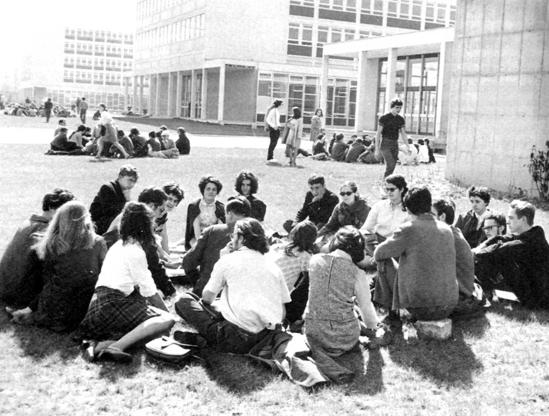 """""""Jornades d'estudi sobre l'imperialisme"""" (Nanterre, 2 de maig de 1968)"""