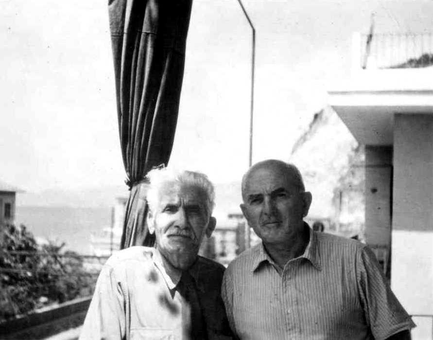 Giuseppe Mariani (dreta) amb Hugo Rolland a Sestri Levante (ca. 1965) [IISH]