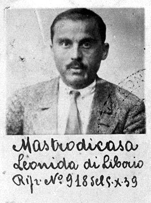 Foto policíaca de Leonida Mastrodicasa (1939)