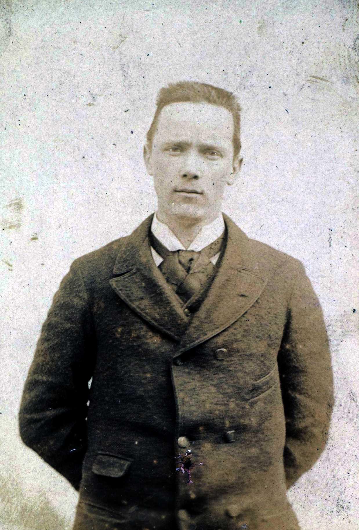Foto policíaca de Gustave Mathieu
