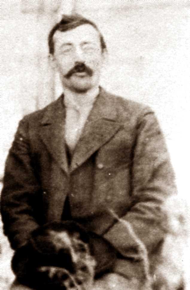 Edoardo Milano (gener de 1895)