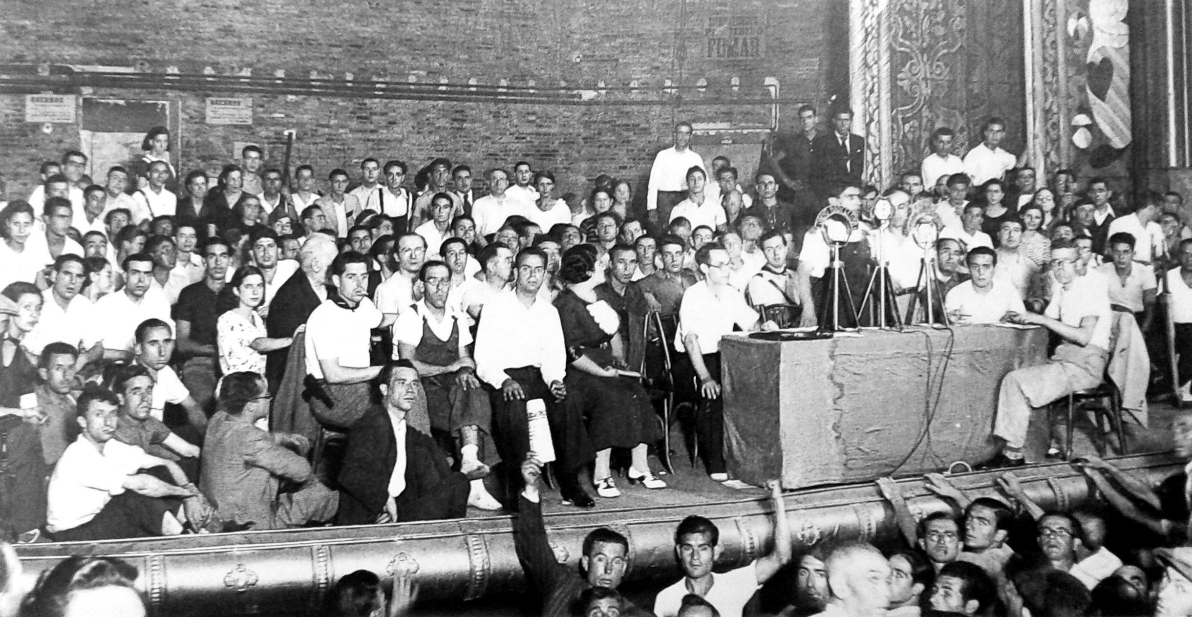 Un momento del mitin del Olympia del 9 de agosto de 1936