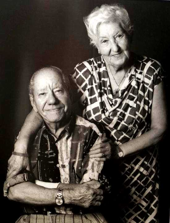 Teófilo Navarro Fadrique (Negro) i sa companya Dolores Jiménez Álvarez (Blanca) [La fotografia es titula «Blanca y Negro»]
