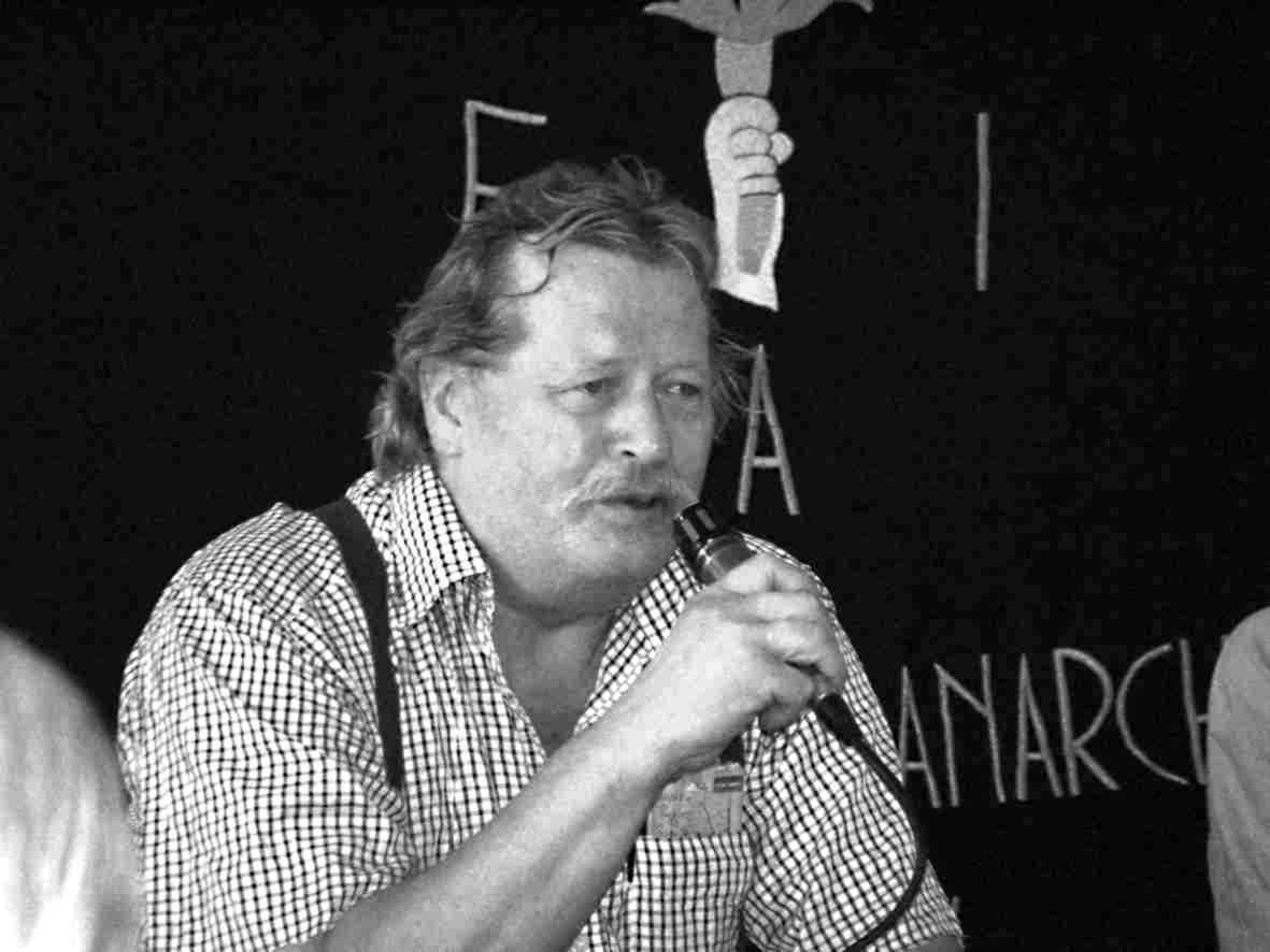 Alfonso Nicolazzi en un acte de la FAI