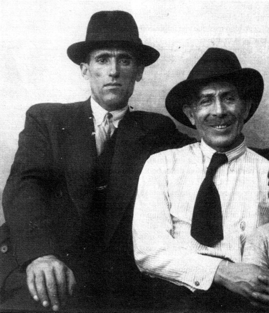 Rodolfo González Pacheco (dreta) amb Simón Radowitzky