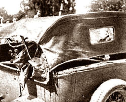 Estat en el qual quedà el cotxe del comissari Luis Pardeiro