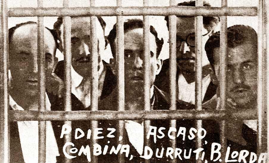 D'esquerra a dreta: Paulino Díez, Francisco Ascaso, Vicente Pérez Combina, Buenaventura Durruti i Bartolomé Lorda (Presó d'El Puerto de Santa María, 1933)