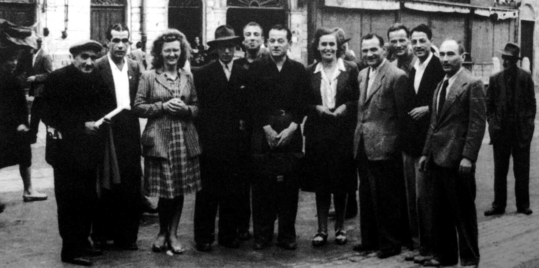 Giordano Bruch (segon per l'esquerra). I Congrés Nacional Anarquista. Carrara (1945)
