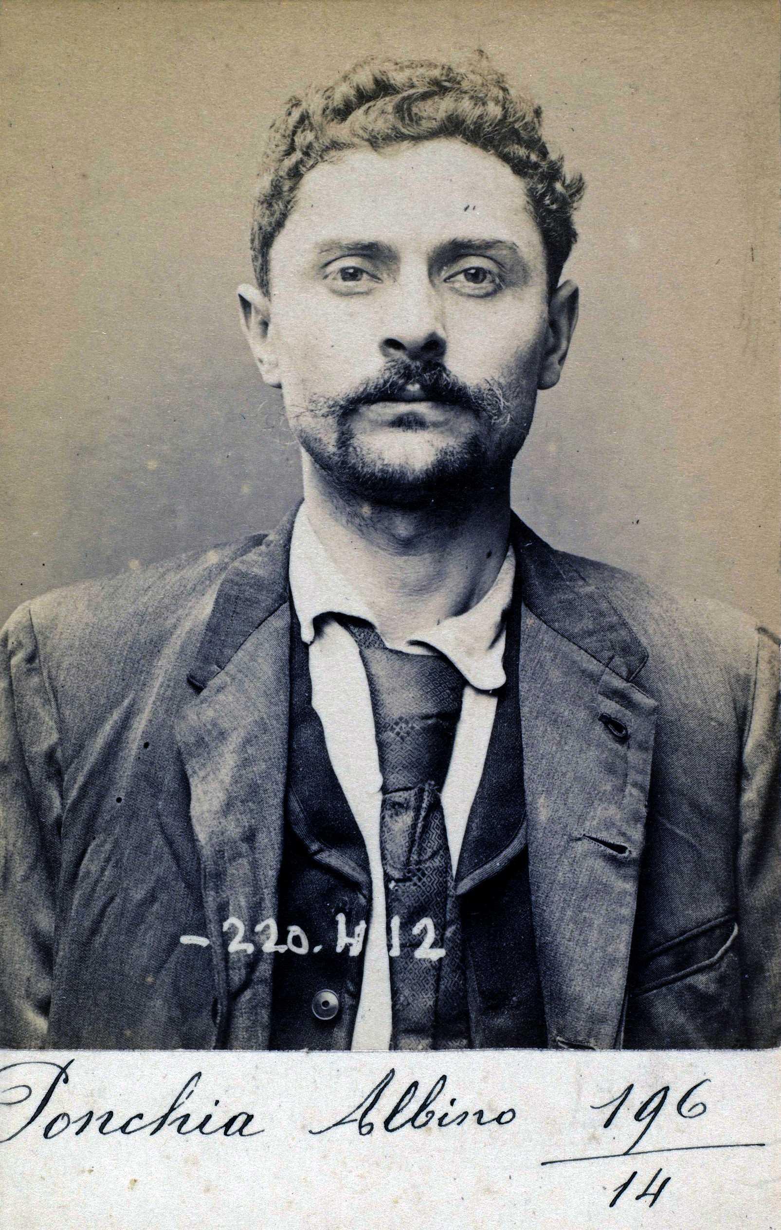 Foto policíaca d'Albino Ponchia (2 de juliol de 1894)