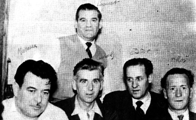Grup de combatents anarquistes antifranquistes en l'exili: Joan Bonet, dret; i, d'esquerra a dreta, Marcel·lí Massana, Ramon Canals, Josep Ester i Ramon Sant. Tots ells naturals del Berguedà