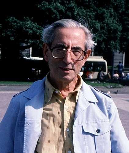 Ramon Rufat Lobo en la plaza Catalunya de Barcelona (1992)