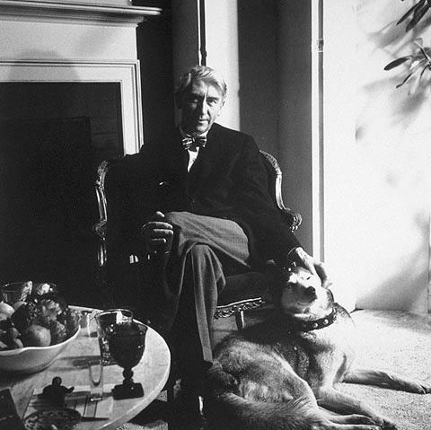 Herbert Read, fotografiat per Roloff Beny (1958)