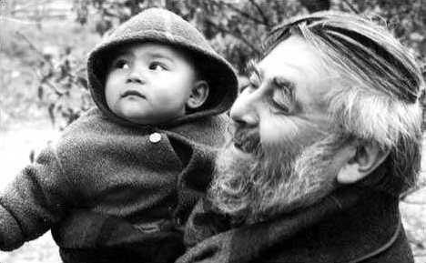 John Rety y su nieto Arkady a finales de la década de los noventa