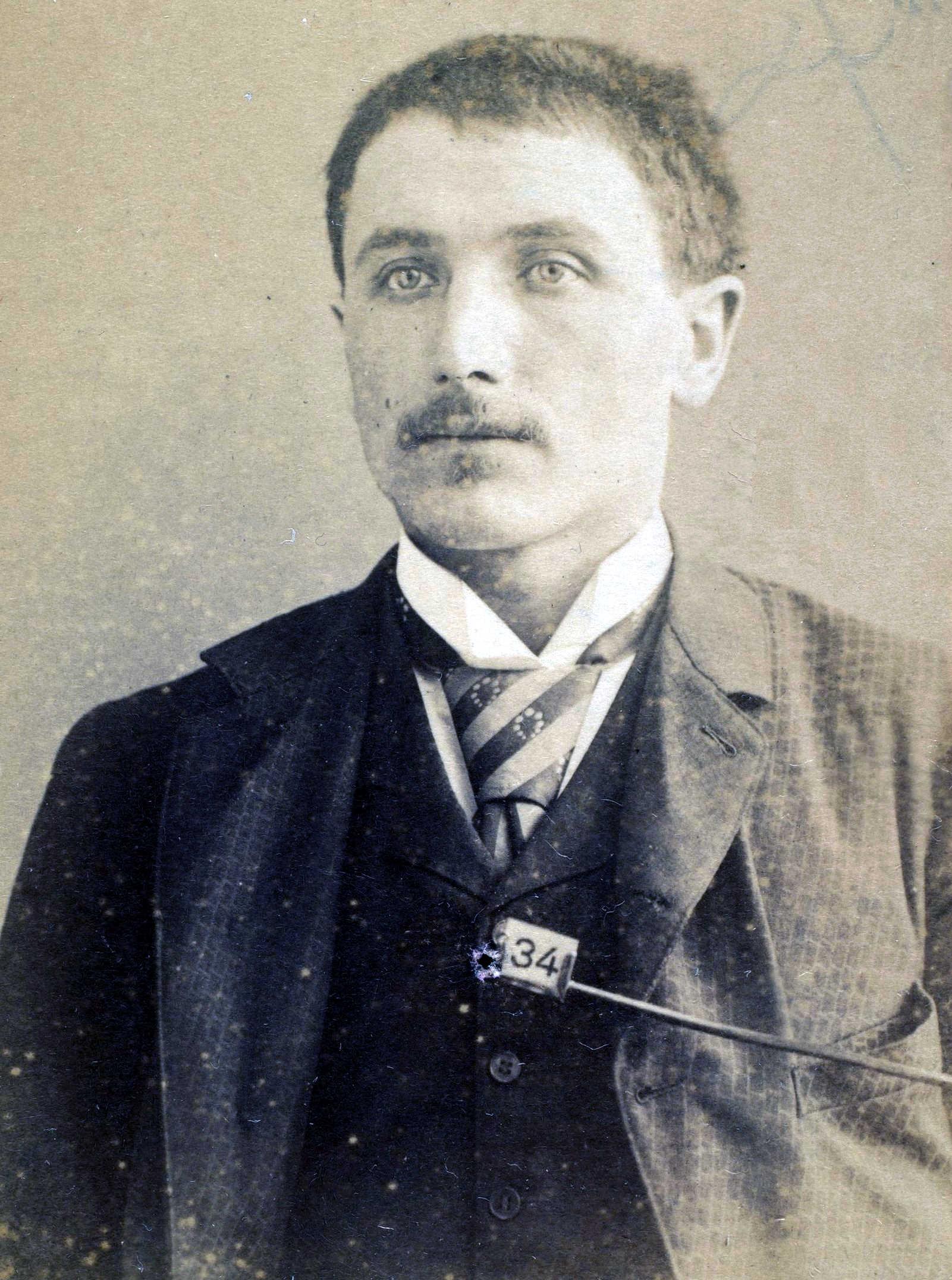 Foto policíaca de Frantz Ricken (1889)