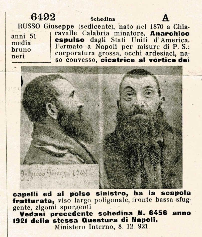 """Fitxa policíaca de Giuseppe Russo (""""Bolletino delle Richerche"""" de l'1 de desembre de 1921)"""