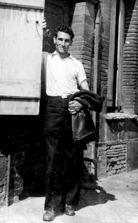Liberto Sarrau a Tolosa de Llenguadoc (c. 1945) [IISH]