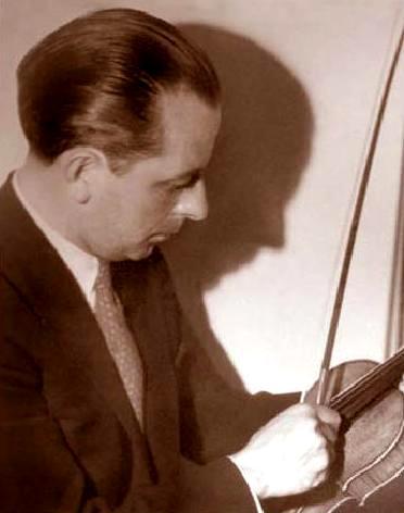 Simón Tapia Colman