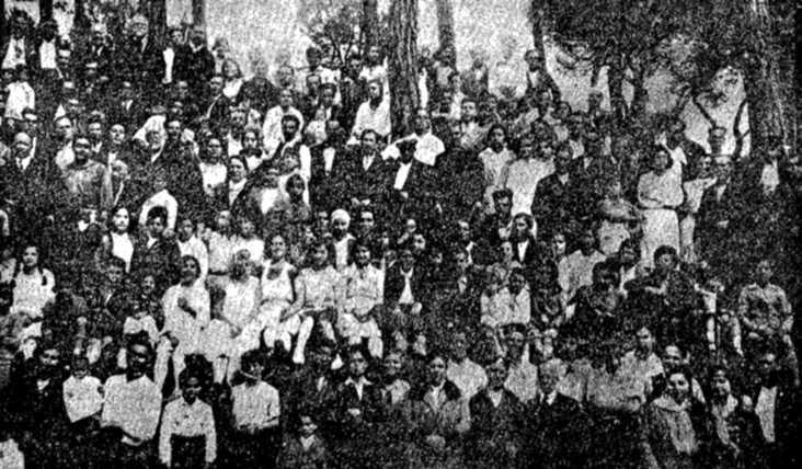 Un dels grups que assistiren a la trobada campestre anarquista