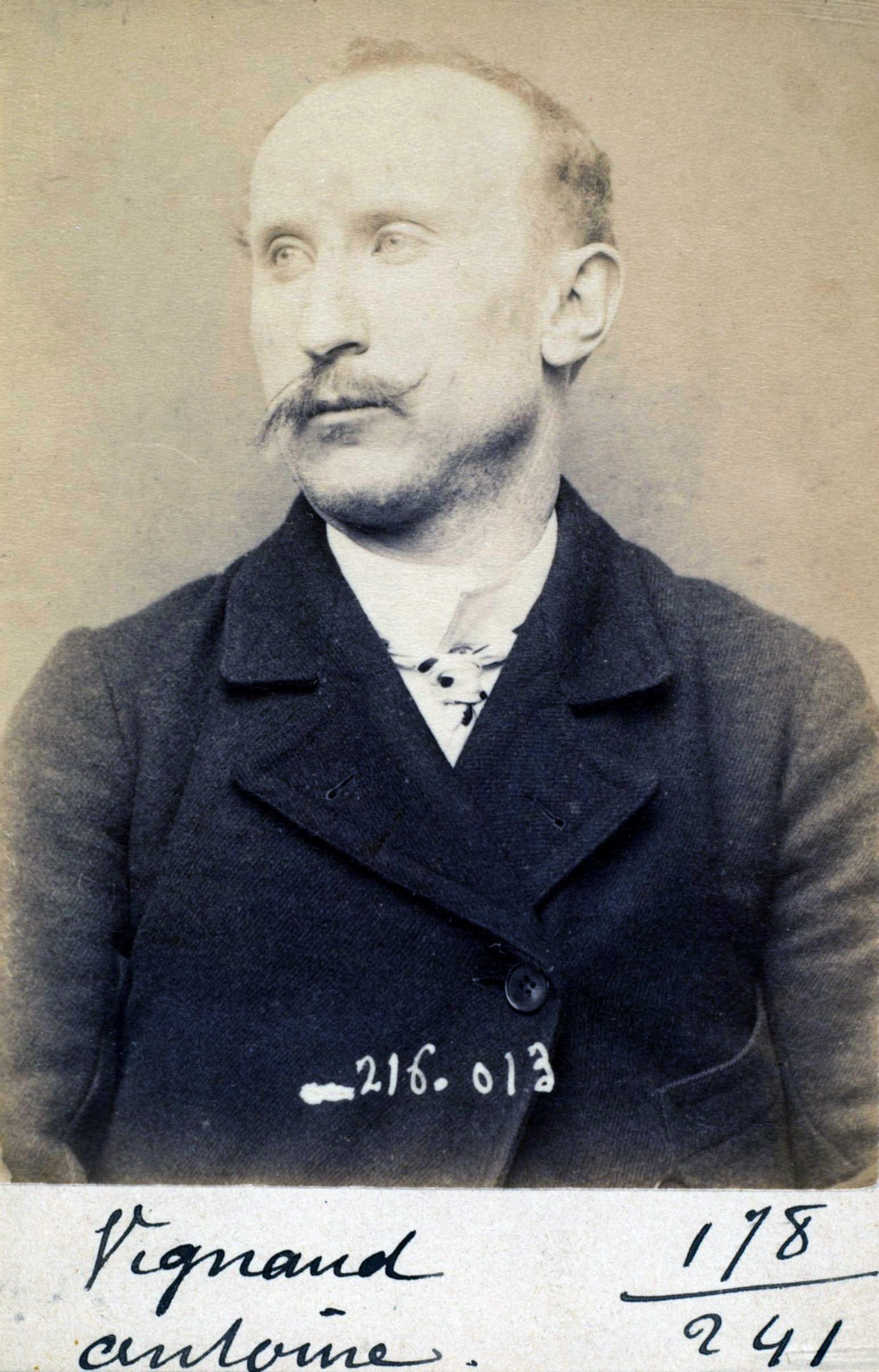 Fotografia policíaca d'Antoine Vignaud (21 de març de 1894)