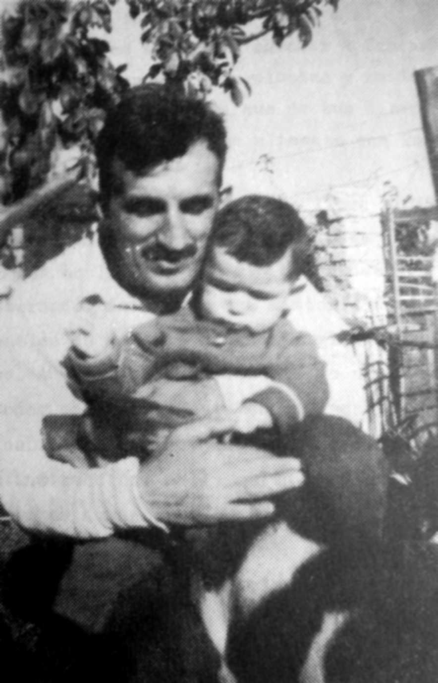 Vladimiro Muñoz i son fill (8 d'abril de 1961)